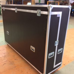 flight case ecran plasma sur mesure france